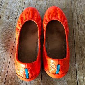 Tieks leather outrageous bright orange size 7